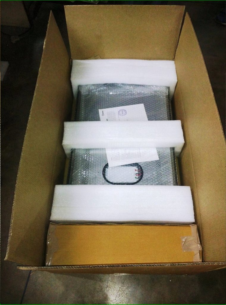 Product Packing of Street Light Luminiare